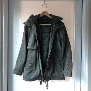 Army green jacket with detachable hood/liner